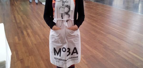 MOBA apron